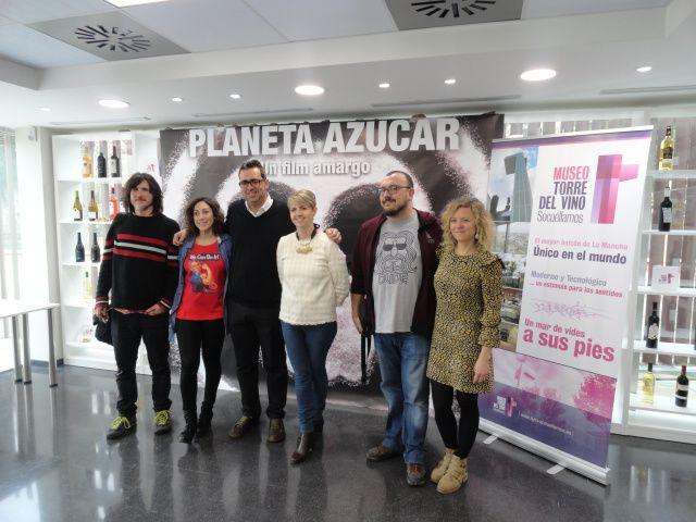 Imagen Proyección del cortometraje 'Planeta Azúcar' de David Salvochea, en el Museo Torre del Vino de Socué
