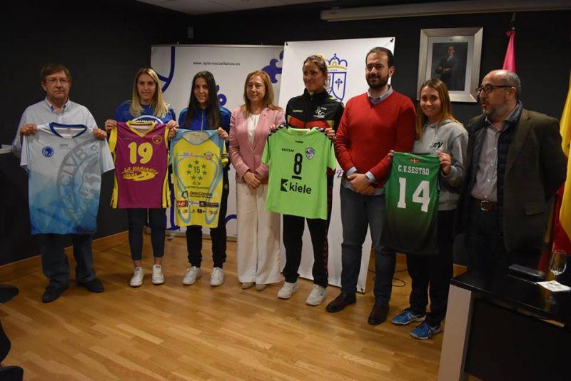 Imagen Recepción institucional a los equipos de Voley del playoff de ascenso a Superliga II